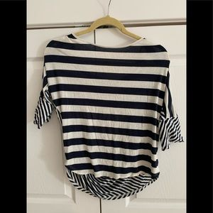 Stripped blouse open back